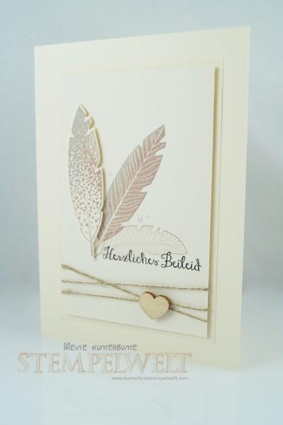 Stampin´Up!_Trauerkarte_Four Feathers_Frameliskollektion Federn_Savanne_Vanille Pur_Basic Holzelemente 1