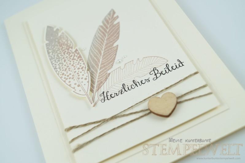 Stampin´Up!_Trauerkarte_Four Feathers_Frameliskollektion Federn_Savanne_Vanille Pur_Basic Holzelemente_2