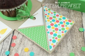 Stampin´ Up!_Explosionsbox_Build a Birthday_Flüsterweiß_Melonensorbet_Gartengrün_Bermudablau_Savanne_Curry Gelb_Mini Dreiecke_Washi Tape_Motivklebeband Bunte Party_Designerpapier im Block Bunte Party_5