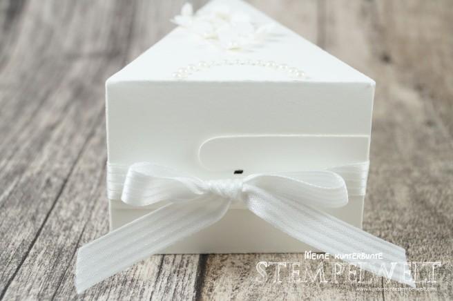 Stampin´ UP!_Thinlits Tortenstück_Geldgeschenk zur Hochzeit_Braut und Bräutigam_Savanne_Flüsterweiß_5