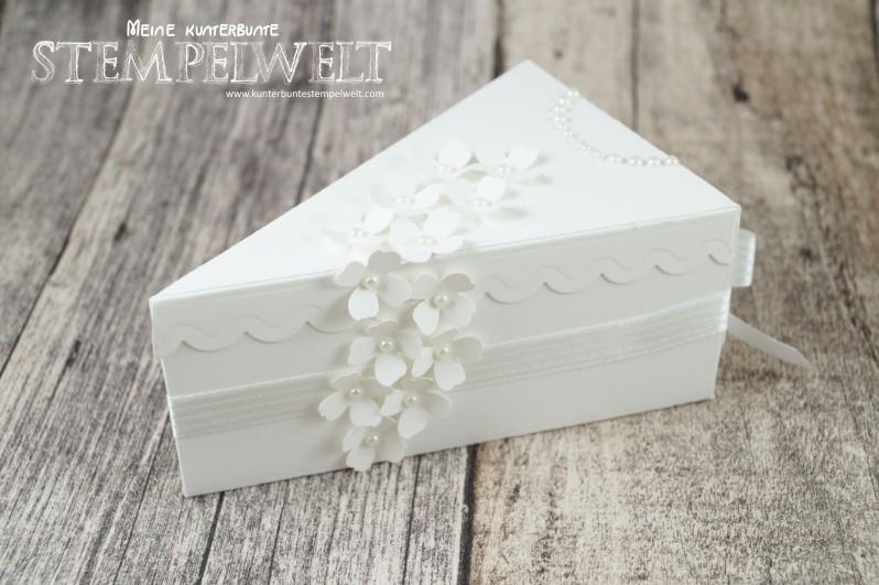 Stampin´ UP!_Thinlits Tortenstück_Geldgeschenk zur Hochzeit_Braut und Bräutigam_Savanne_Flüsterweiß_2