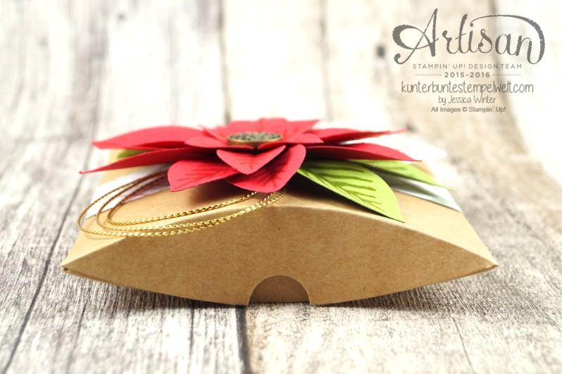 Stampin´ Up!_Weihnachtswunder_Elementstanze Festliche Blüte_Designerpapier im Block Fröhliche Feiertage_Pillow Box_4