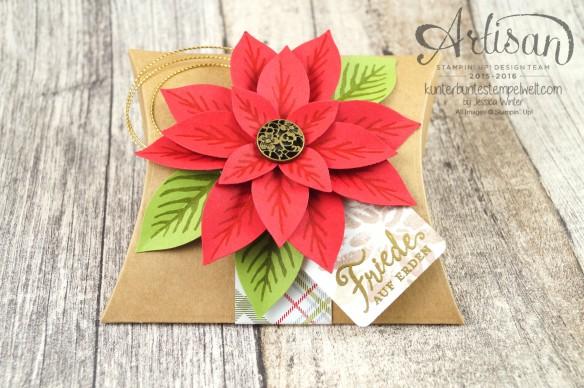 Stampin´ Up!_Weihnachtswunder_Elementstanze Festliche Blüte_Designerpapier im Block Fröhliche Feiertage_Pillow Box_1