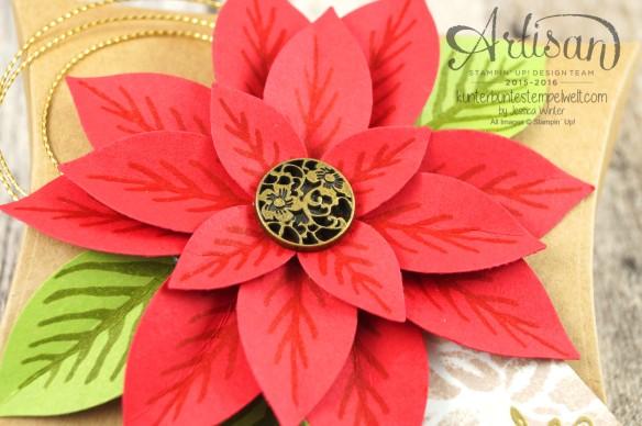 Stampin´ Up!_Weihnachtswunder_Elementstanze Festliche Blüte_Designerpapier im Block Fröhliche Feiertage_Pillow Box_2