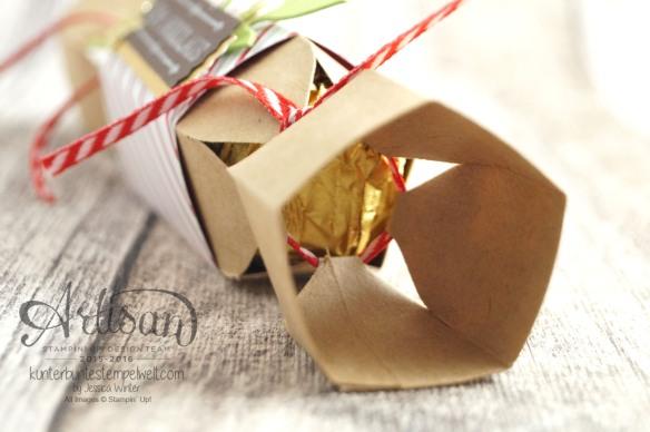 Stampin´Up!_Knallbonbon_Anleitung_ Envelope Punch Board_Stanz und Falzbrett für Umschläge_Designerpapier Fröhliche Feiertage_3