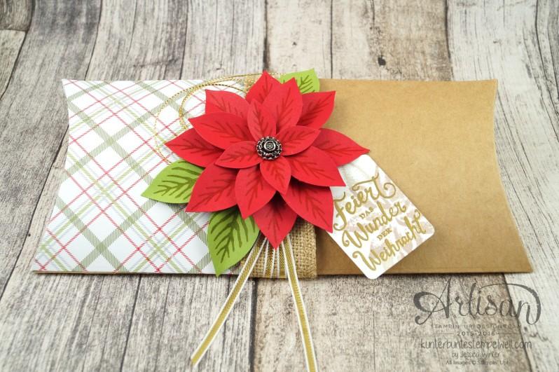 Stampin´ Up!_Weihnachtswunder_Elementstanze Festliche Blüte_Designerpapier im Block Fröhliche Feiertage_Pillow Box_5
