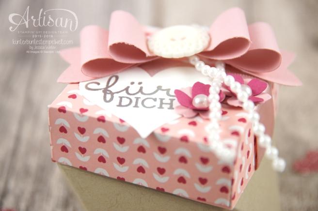 Stampin´ Up! - Artisan Design Team - Diamantbox - Designerpapier im Block Liebesblüten - Elementstanze Schleife - 3