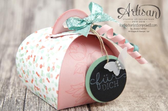Stampin´Up! - Artisan Design Team - Curvy Ceepscake - Zierschachtel für Andenken - Geburtstagsblumen - Glitterband - 4