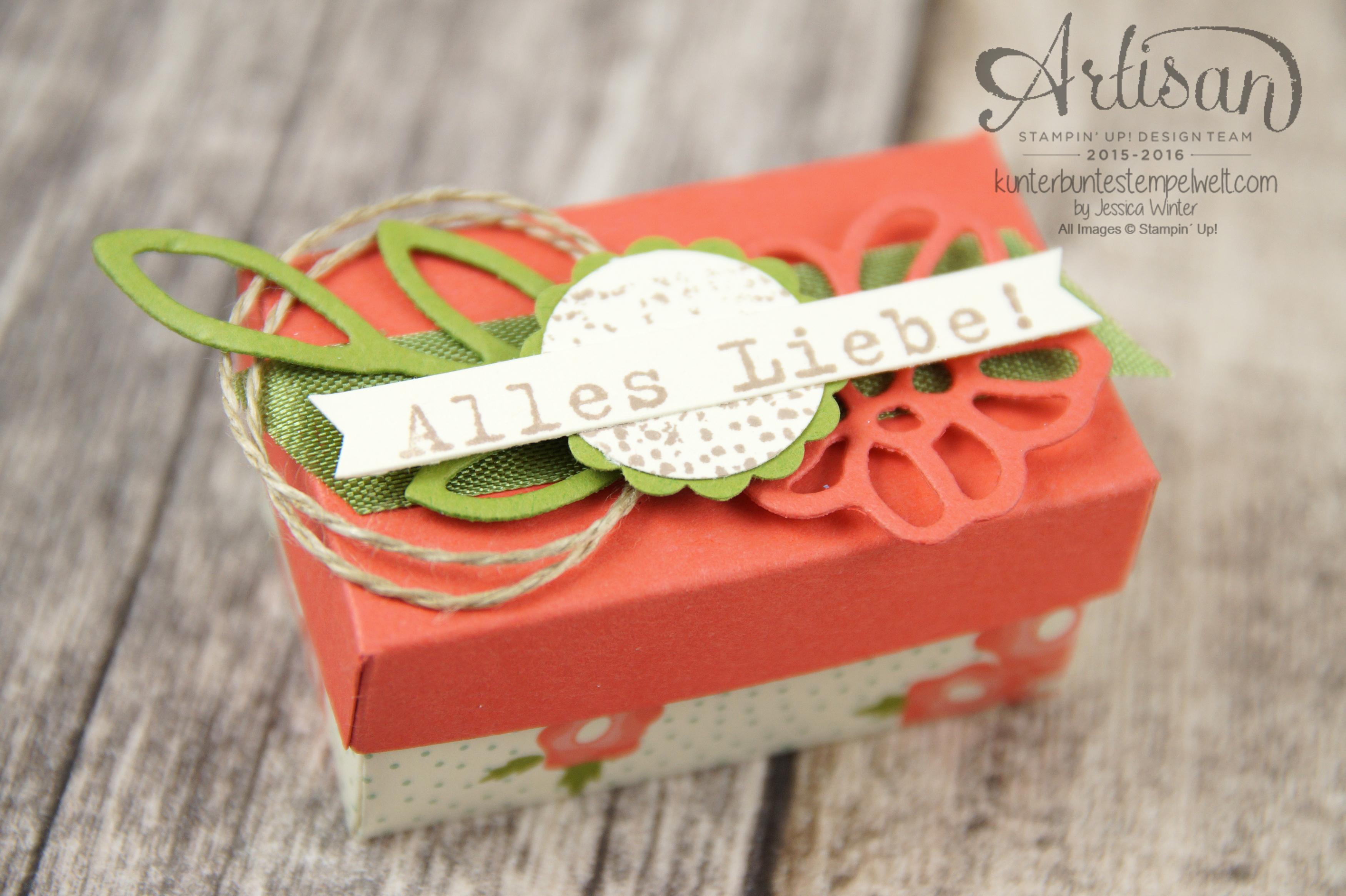 Lindt Chocolate Wedding Favors Fabulous Three Crepe Paper Rose Good