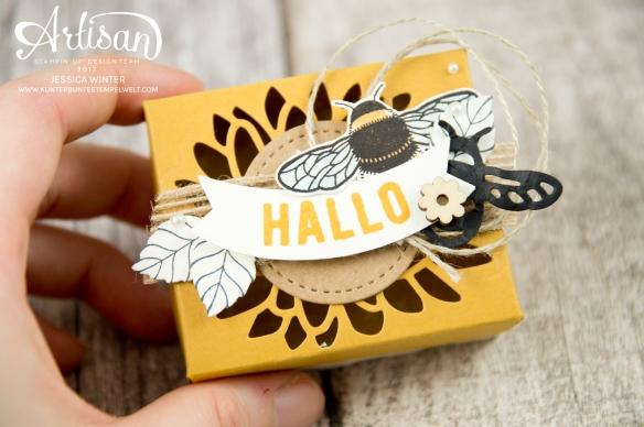 Stampin´ Up - Li(e)belleien -THinlitsformen Libelle - Accessoires Liebe Grüße - Besonderes Designerpapier Unvergleichlich Urban- Verpackung für Ferrero Küsschen - 3