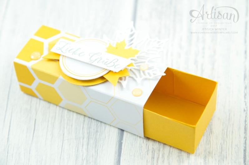 Stampin´ Up! - Jahr voller Farben - Thinlitsformen Aus jeder Jahreszeit - Produktreihe Farbenspiel - Verpackung für Ferrrero Küsschen - 4