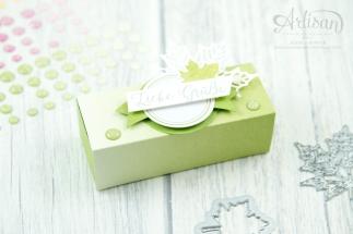 Stampin´ Up! - Jahr voller Farben - Thinlitsformen Aus jeder Jahreszeit - Produktreihe Farbenspiel - Verpackung für Ferrrero Küsschen - 6